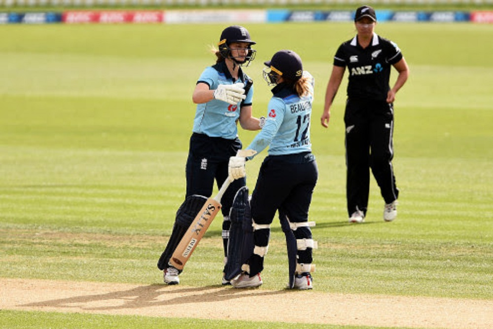 Beaumont & Sciver lead England Women to series win