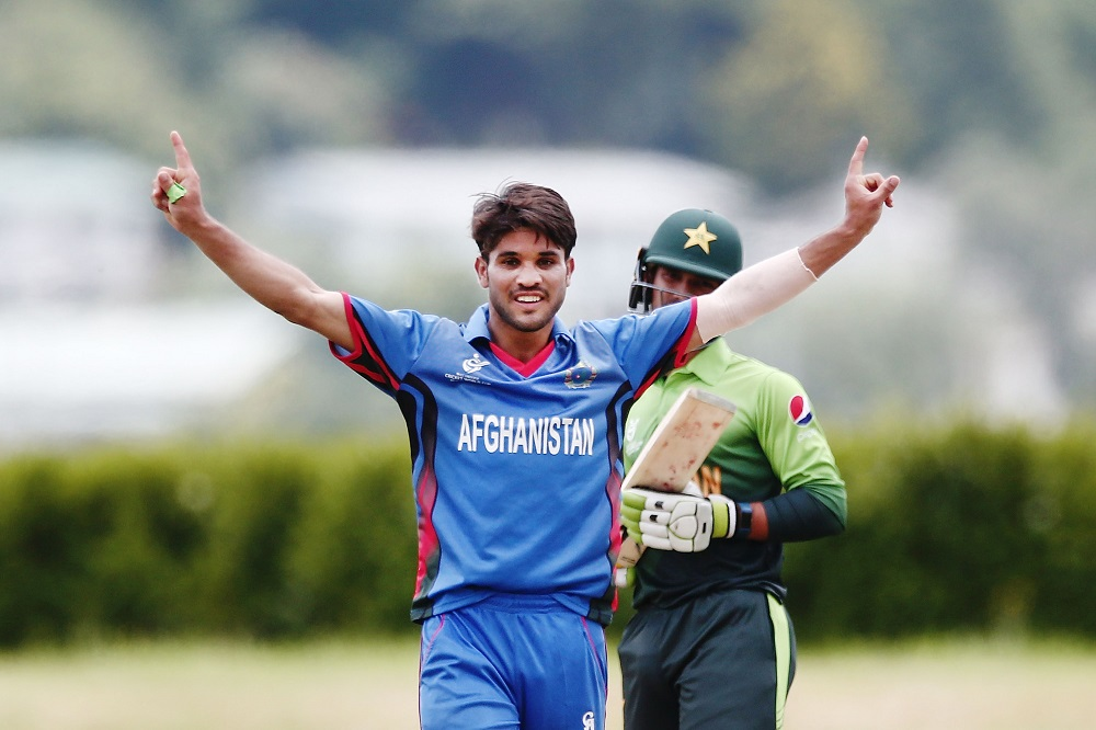 Afghani Qais Ahmad signs for Gloucestershire