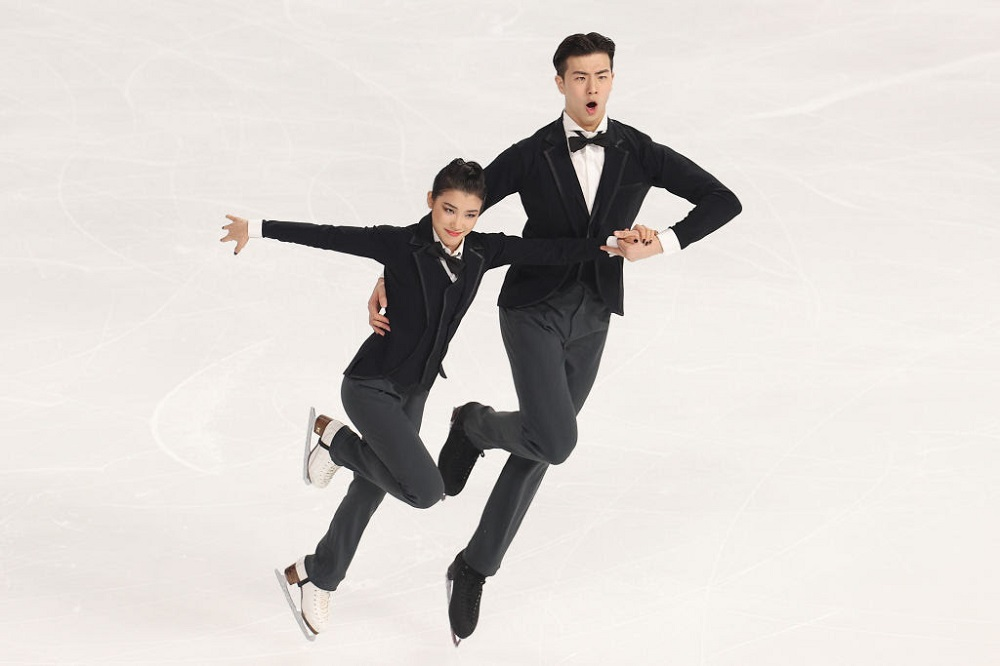 Wang/Liu (CHN) speed to lead in Rhythm Dance
