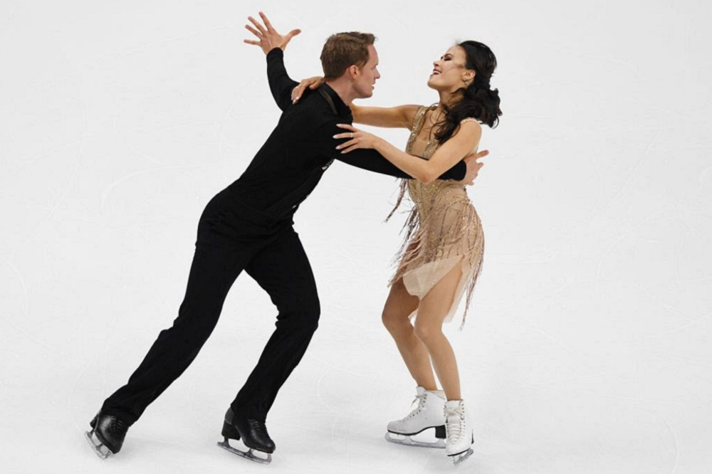 Madison Chock & Evan Bates dance off with Gold