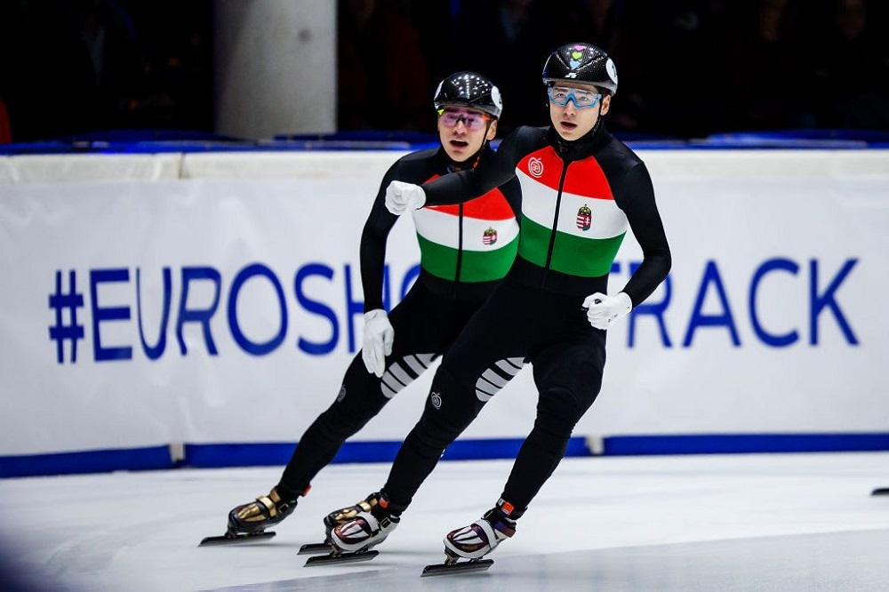 Short Track Speed Skating Championships - Dordrecht, Netherlands