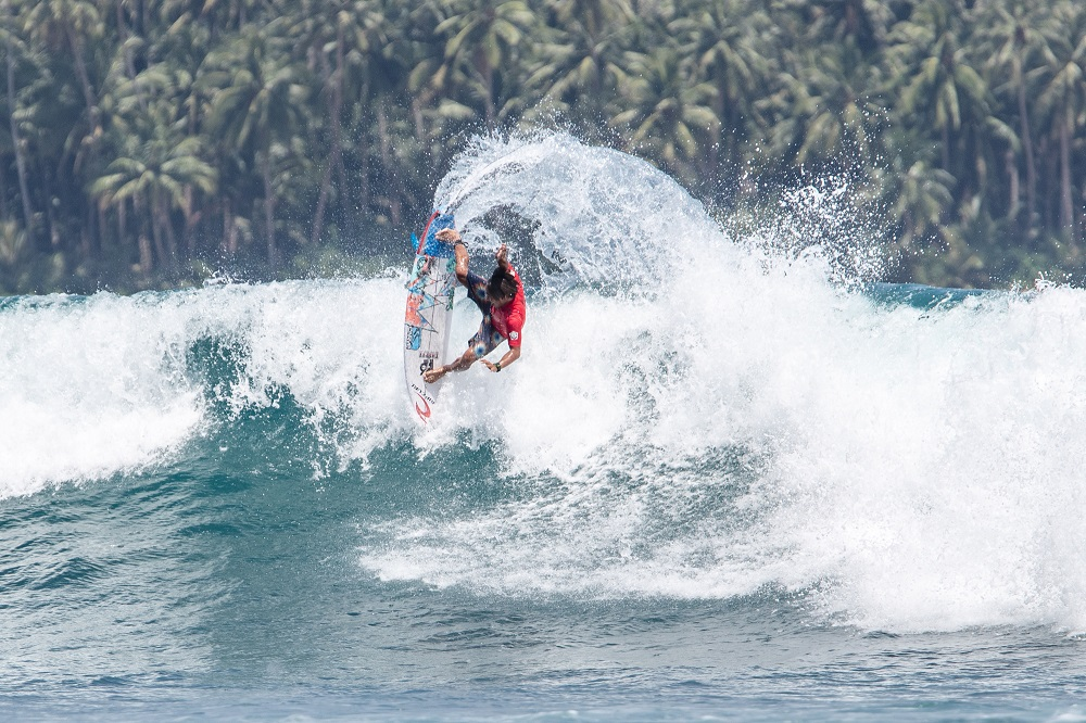 Nias Pro competition of to a flying start